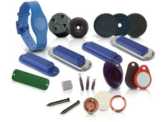 Różne rodzaje tagów RFID do oznaczania obiektów