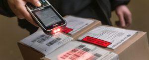 skaner kodów kreskowych, skanowanie etykiety logistycznej