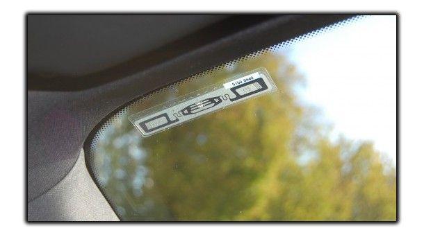 etykieta na szybkę pojazdu, kontrola wjazdu, system parkingowy